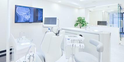 完全予約制の貸切空間での診療